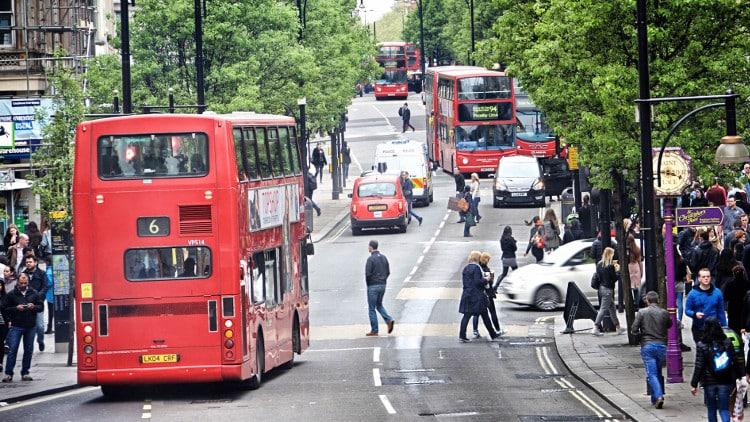 London_Halbmar_1_copyright_Isaak_Papadopoulos_b